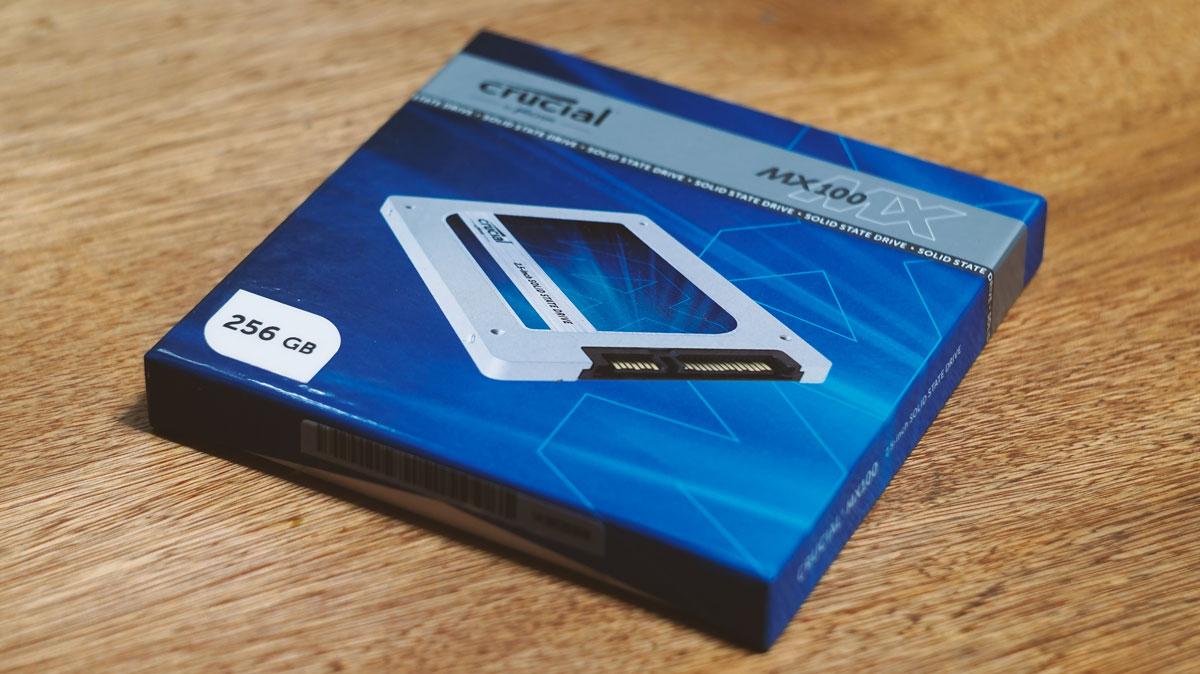 Crucial MX100 SSD (1)