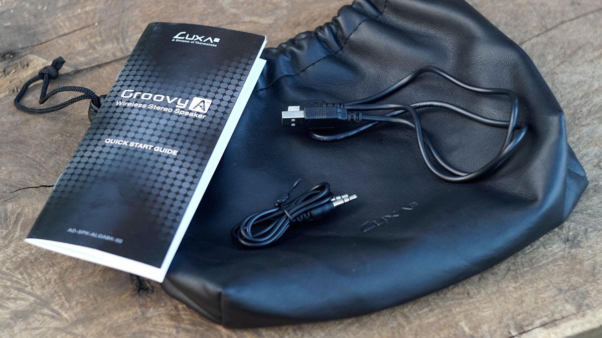 LUXA2-GroovyA-Wireless-Speaker-3