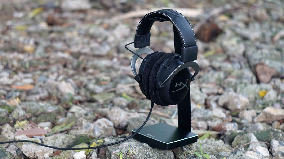 LUXA2 E-One Headset Holder (7)