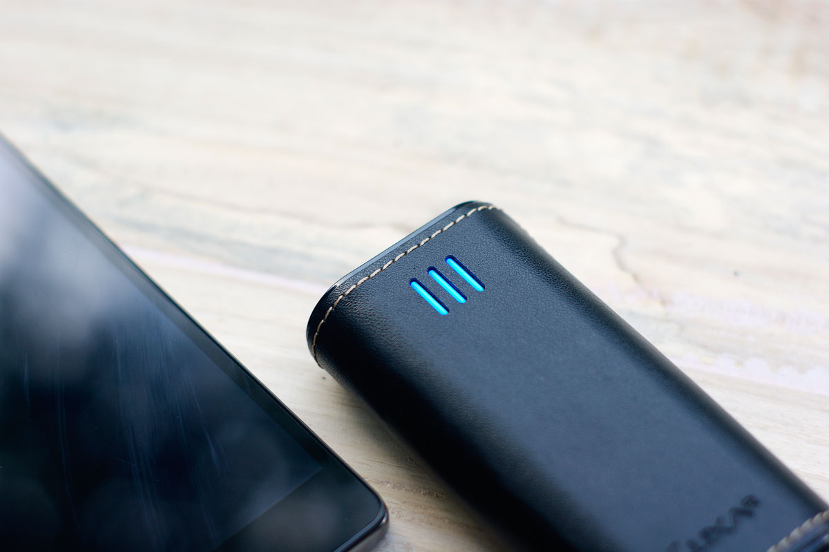 LUXA2 PL2 Leather Power Bank (7)