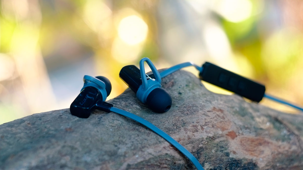 LUXA2-Lavi-O-In-Ear-Images-5