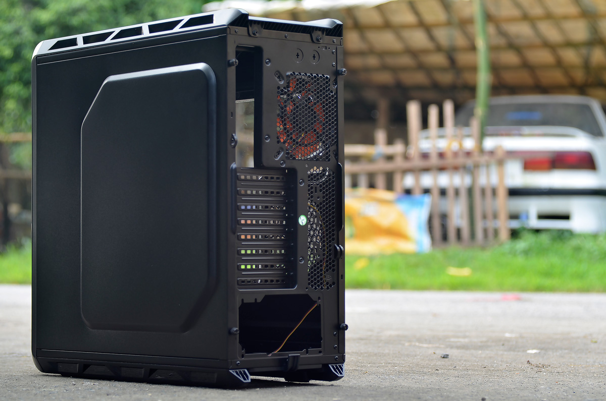 COUGAR Evolution Full Tower Review (41)