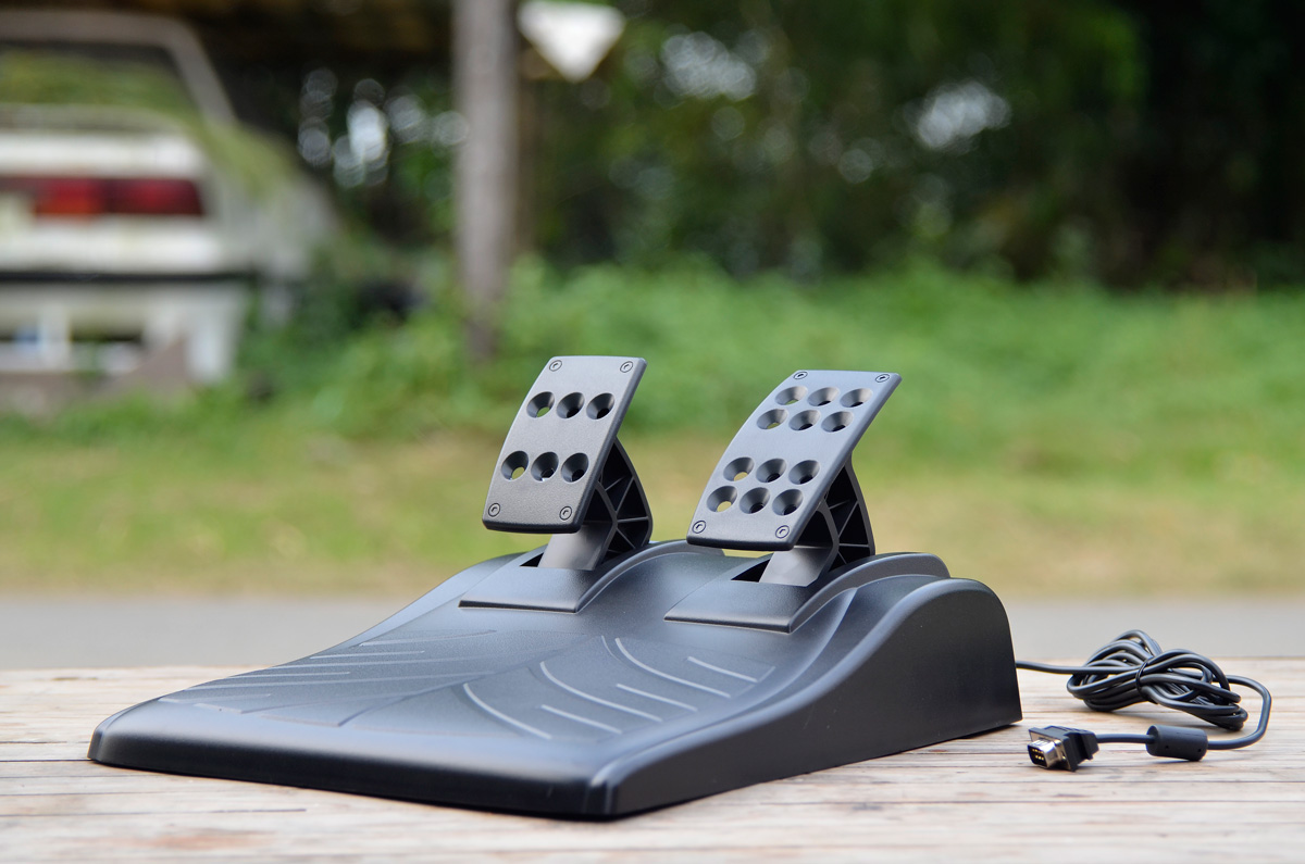 Logitech Gaming Driving Force GT (12)
