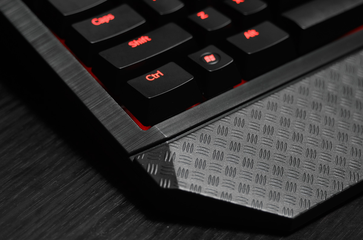 Tesoro-Durandal-Ultimate-Gaming-Keyboard-(23)