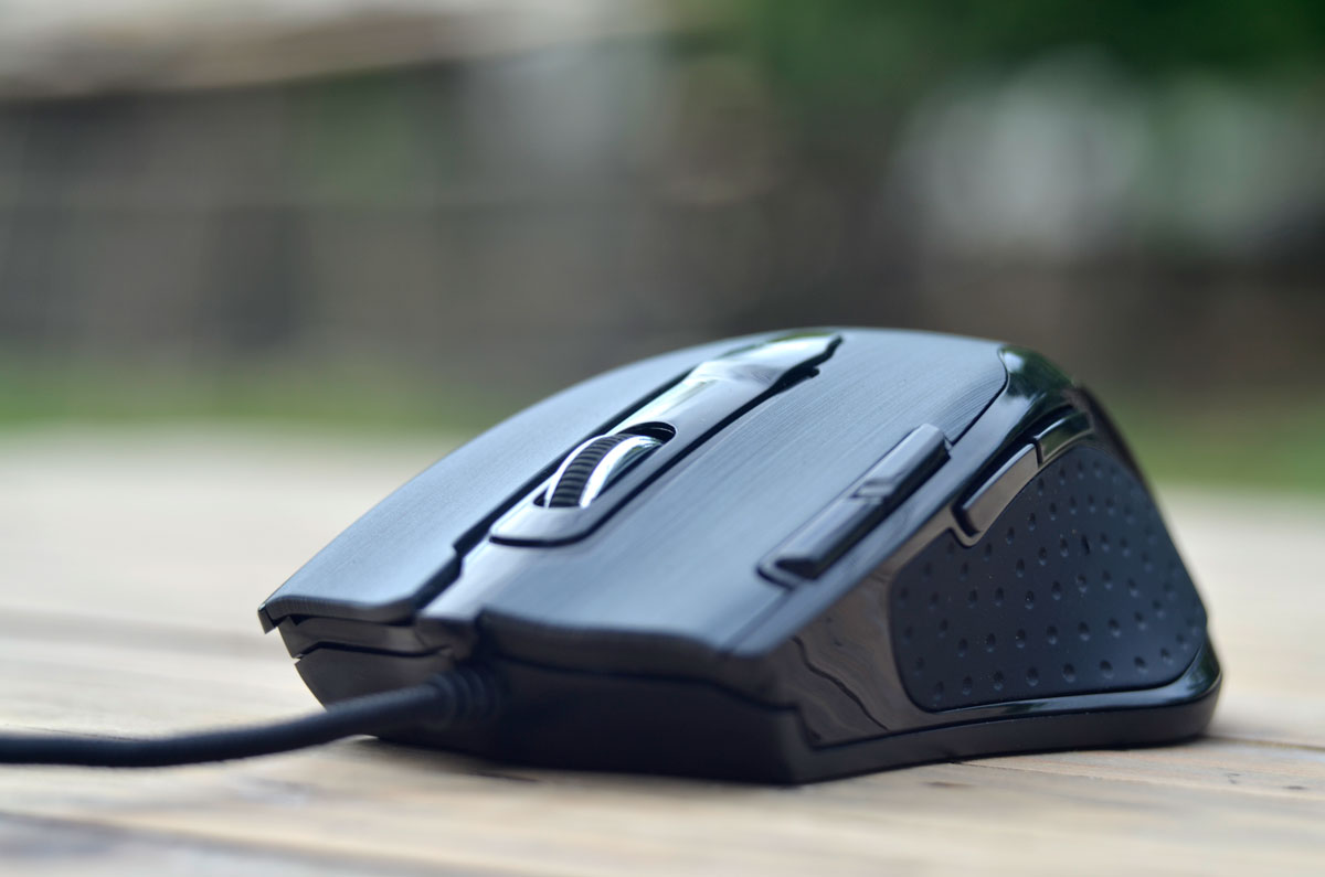 Tesoro-Shrike-Gaming-Mouse-Images-7