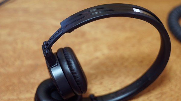 LUXA2-LAVI-L-Headset-9
