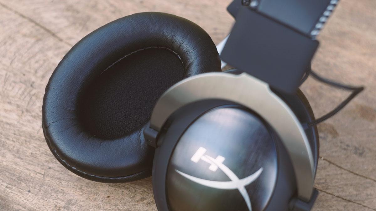 Kingston-HyperX-Cloud-II-Gaming-Headset-9