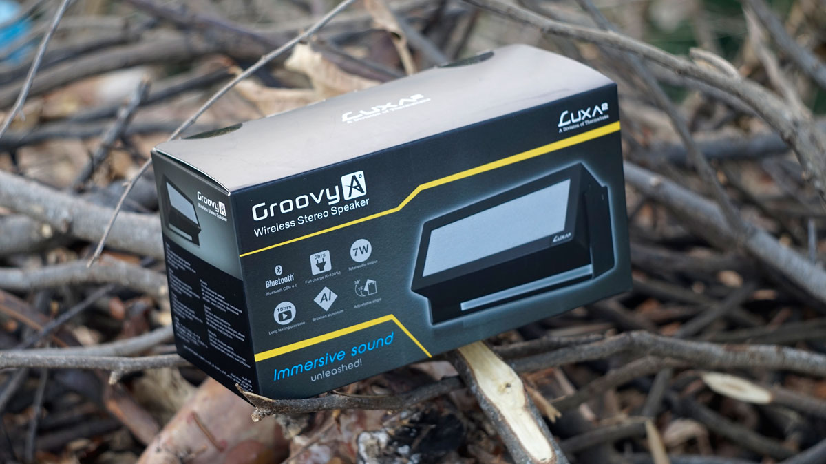 LUXA2-GroovyA-Wireless-Speaker-1