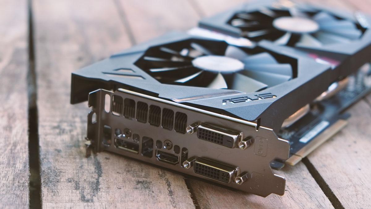 AMD-Radeon-R9-380X-Images-1