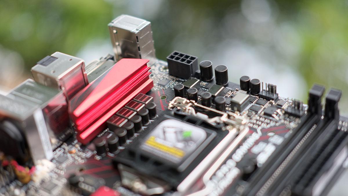 ASUS-B150I-Pro-Gaming-Wifi-Aura-10