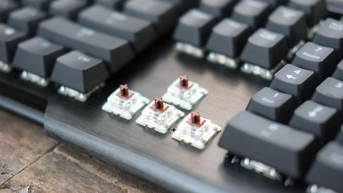 G.Skill-RIPJAWS-KM780-RGB-Keyboard-14