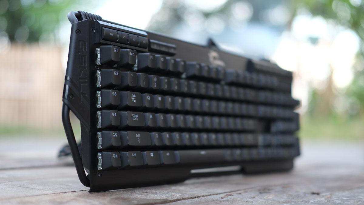 G.Skill-RIPJAWS-KM780-RGB-Keyboard-18
