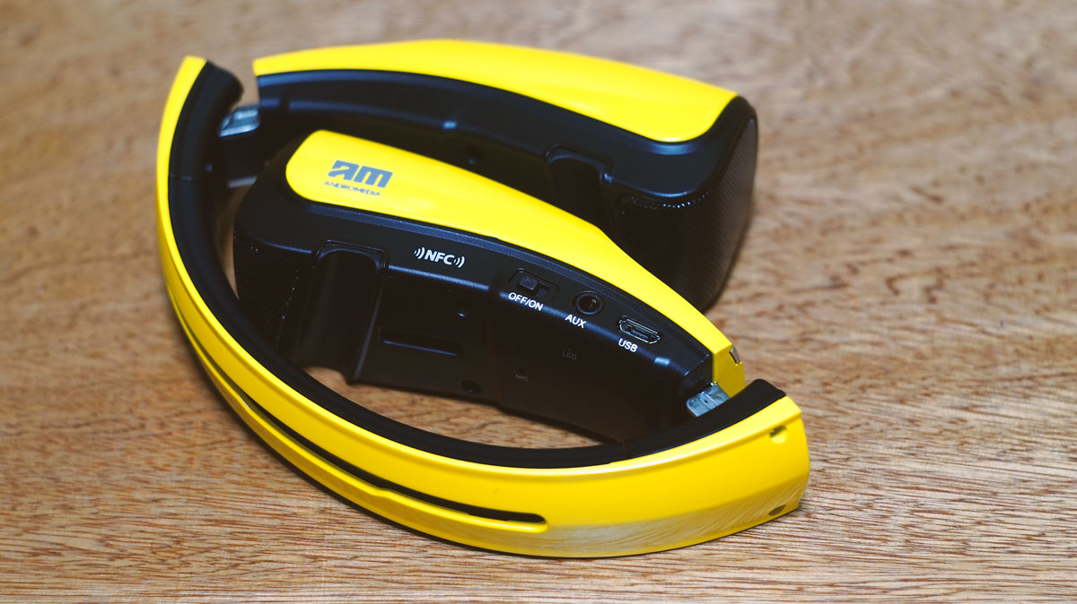 Andromedia-Curve-Mini-Speaker-Stand-7