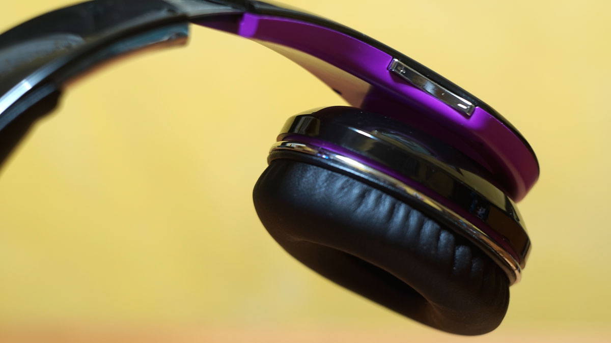 Andromedia-Intense-M-Wireless-Bluetooth-Headset-11