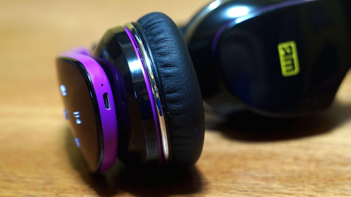 Andromedia-Intense-M-Wireless-Bluetooth-Headset-12