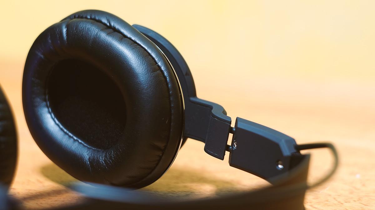 BitFenix-Flo-Headset-9
