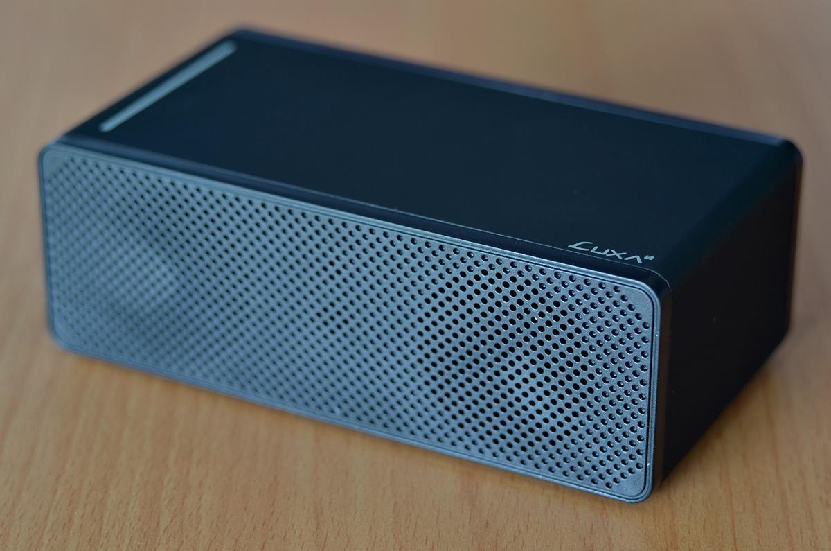 LUXA2-Groovy-T-Wireless-Speaker-8