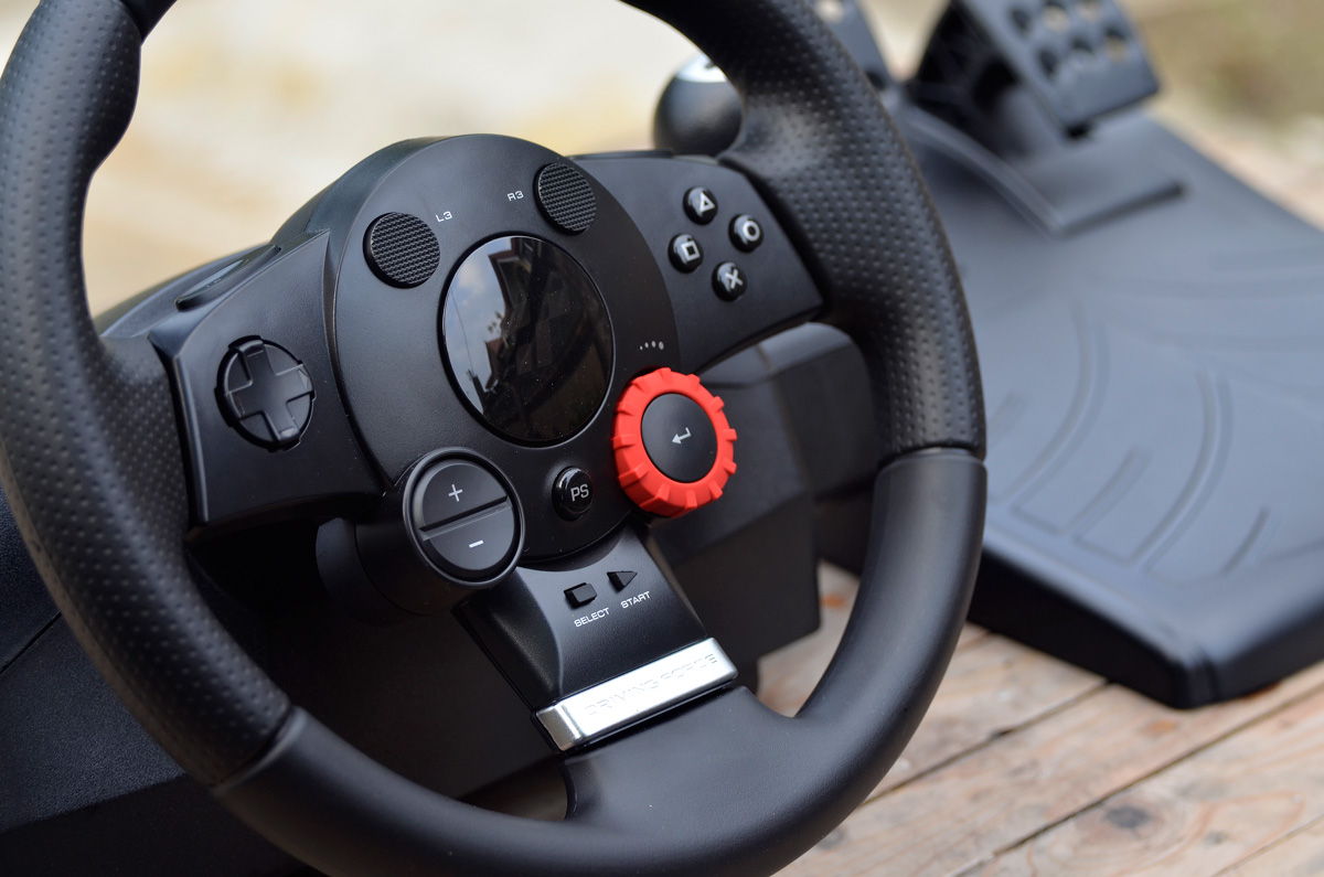 Logitech-Gaming-Driving-Force-GT-15