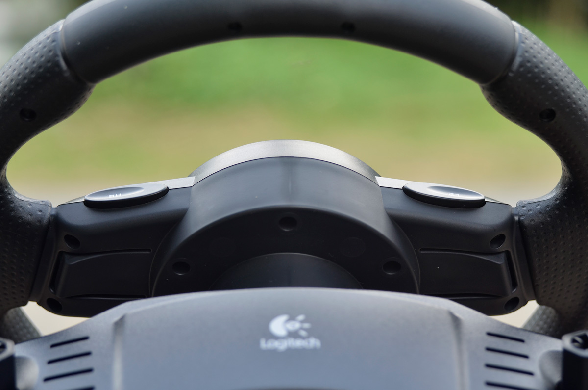 Logitech-Gaming-Driving-Force-GT-6