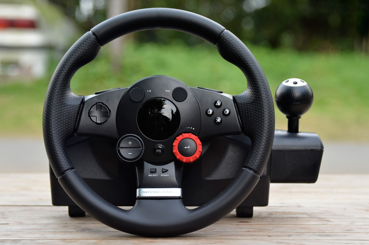 Logitech-Gaming-Driving-Force-GT-8